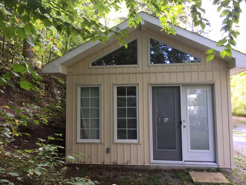 Custom cottages kuzenko homes for Custom cottage homes